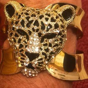 Leopard Head-gold toned bracelet